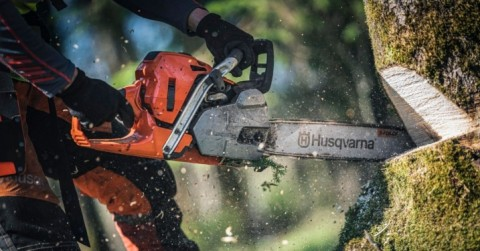 How To Clean Your Husqvarna Chainsaw Air Filter